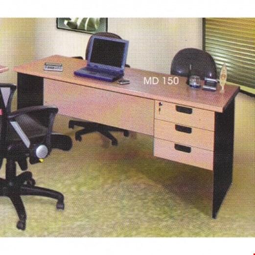 Jual Meja Kantor Daiko Type MD 150